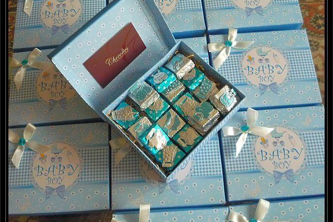 Customised-baby-shower-chocolates
