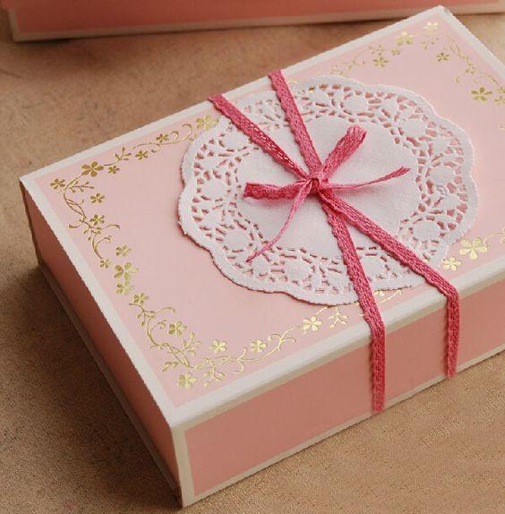 Elegant-chocolate-Gift