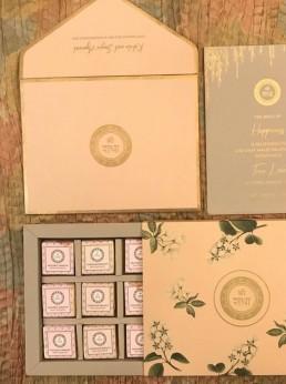 Wedding-chocolate-gift